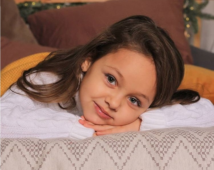 Самая красивая девочка России 2019 Теона Хартукова.
